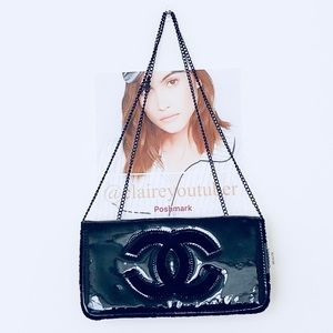 Authentic Chanel VIP Gift Flap Chain Bag